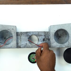 DIY Concrete Bluetooth speaker